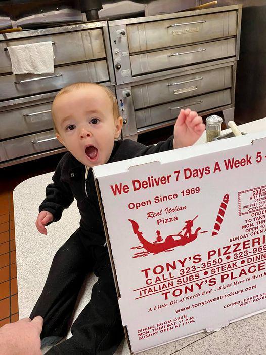 tonys place pizza baby